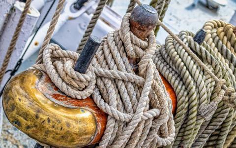 Latón naval